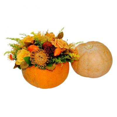 Κολοκύθα-μεσαία-με-σύνθεση-απο-λουλούδια-εποχής
