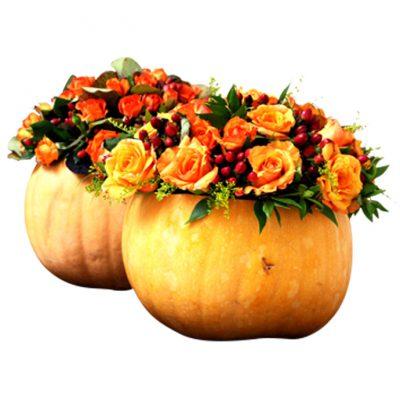 Κολοκύθες-με-τριαντάφυλλα-και-φθινοπωρινά-λουλούδια