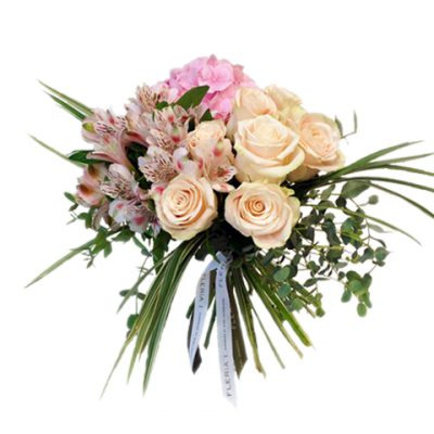 bouquet with light pink roses